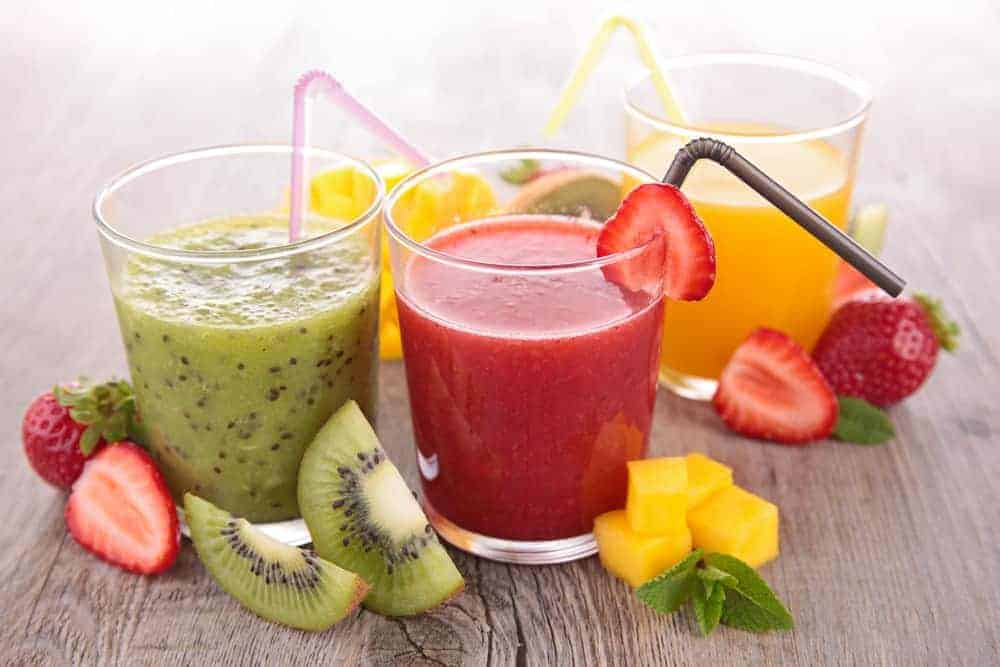 Which is better: juicing or blending?