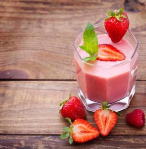 Flu-Fighting Strawberry Smoothie