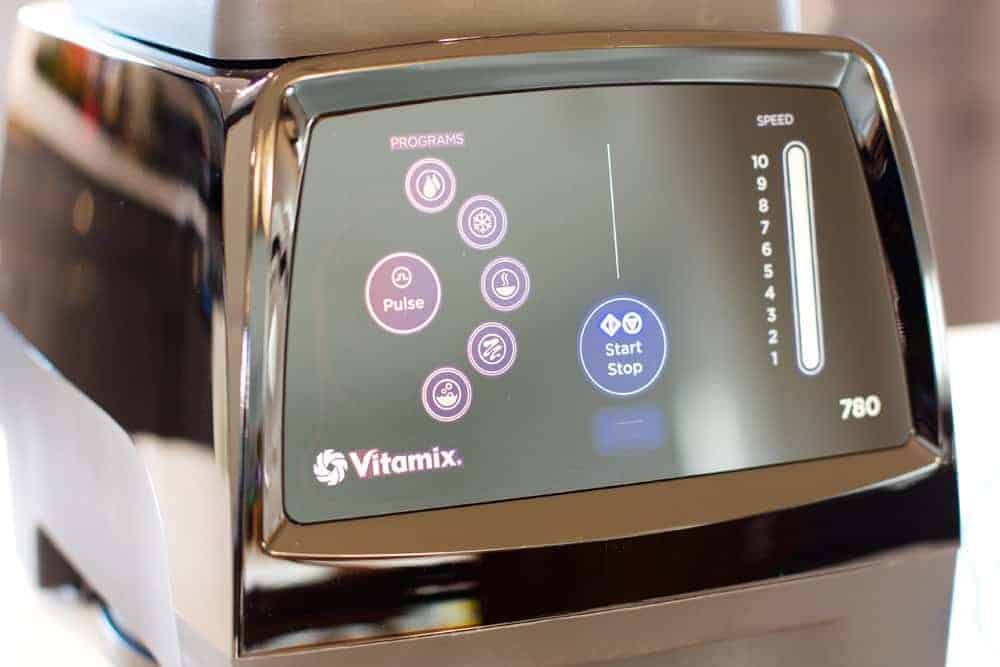 The Vitamix 780 Controls